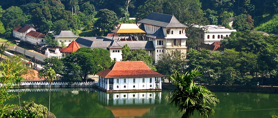 kingdom-ayurveda-resort-sri-lanka-Kandy-temple